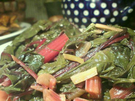 roter mangold mit dill und limonen